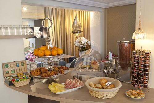 Hotel Mayet – Breakfast