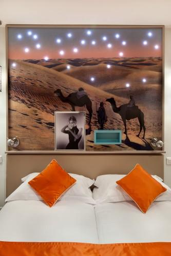 Hotel Mayet – Twin Superior Room (street view)